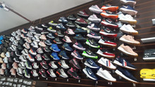 Federal Revenue seizes clothes and footwear smuggled and fake in stores and warehouses of SP