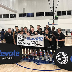 Our U16Stein squad had a great run through the _elevatehoops Memorial Day Hoop Fest with wins over _