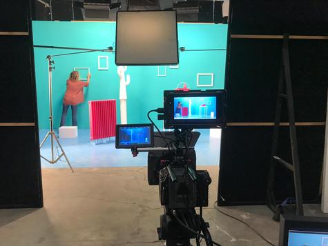 Set / scenografia / costruzioni / luci / macchina da presa / monitor