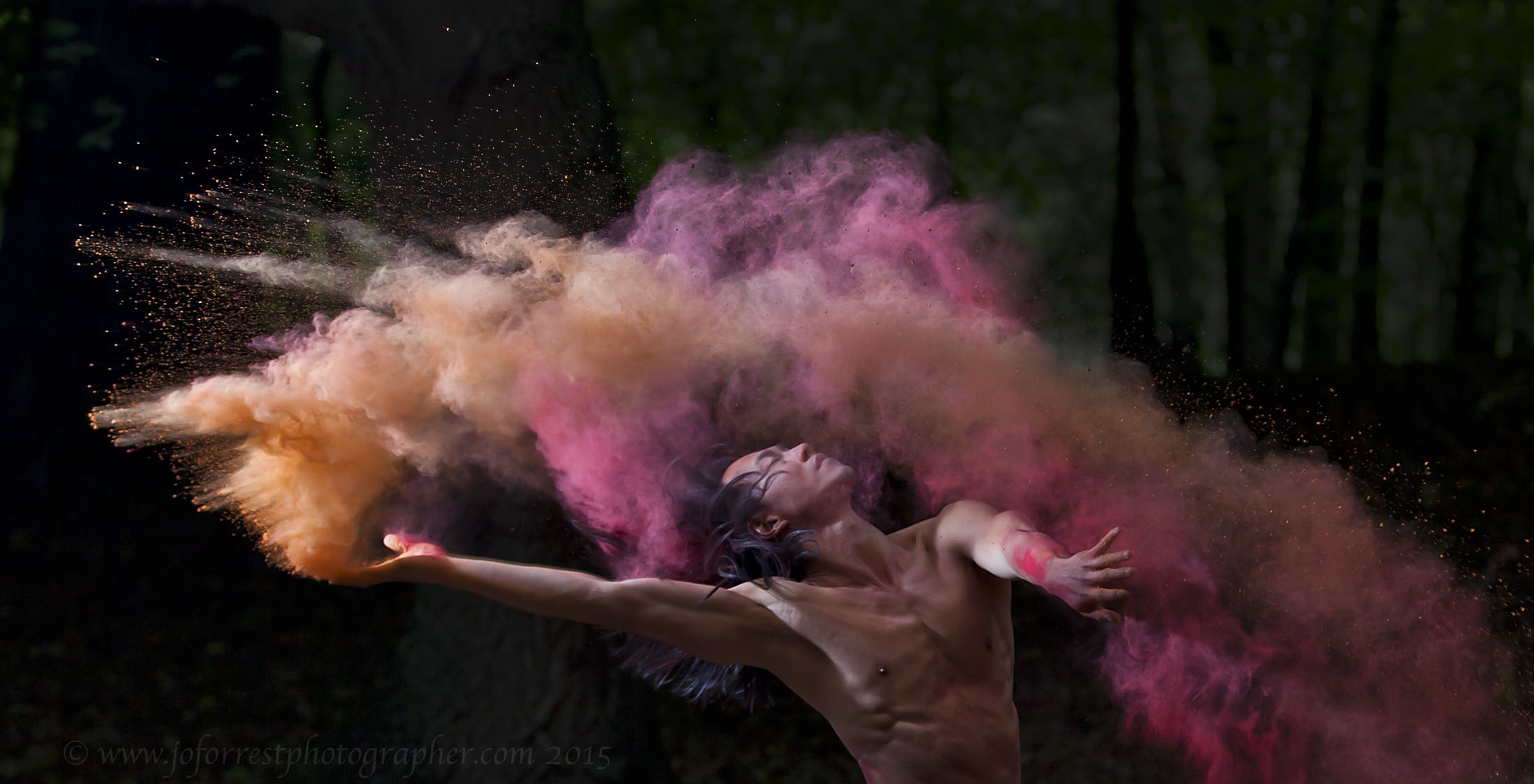 Dancers With Powder