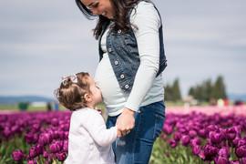 Johanna and the Tulips-17.jpg