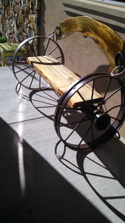 Pine Wheel Bench With Arch 01
