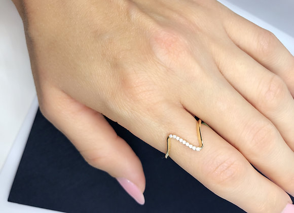 Light Gold Swift Ring