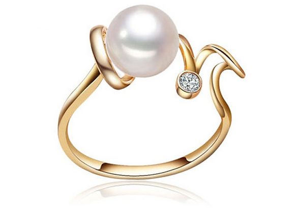 Sterling Silver and Freshwater Pearl Gold Tone Ring