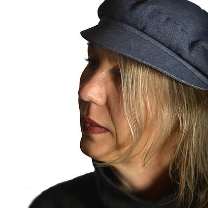 Nella foto l'artista Madeleine Staubli