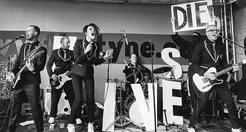 B Hives Band Tyne Bar.jpg