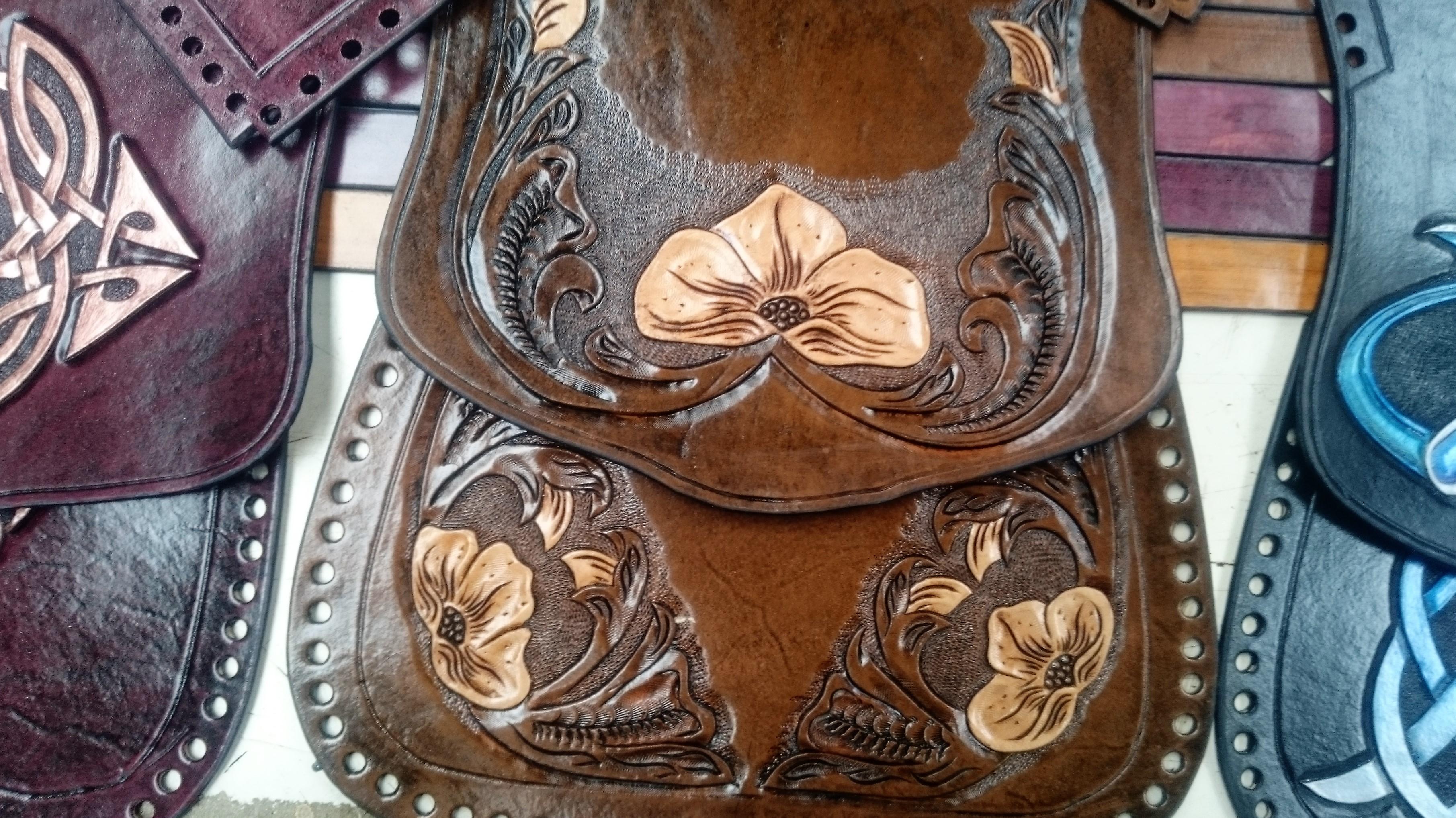 Susanna American Floral Handbag