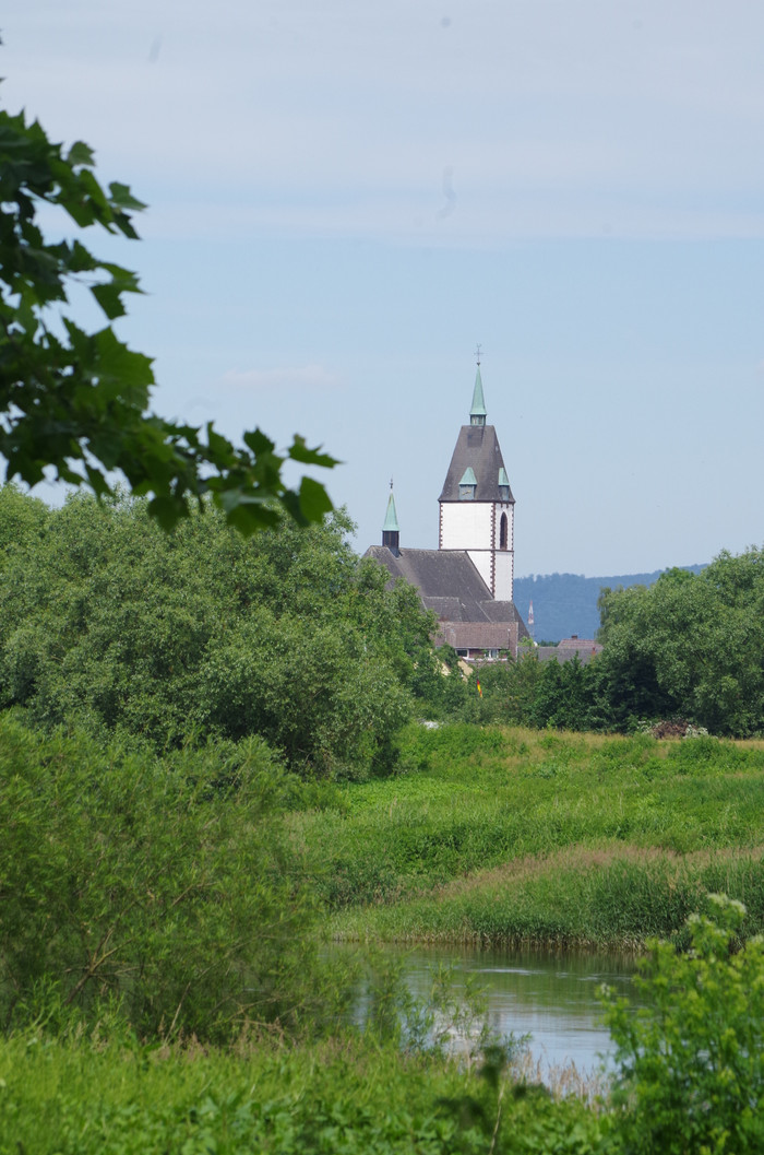 FROM DETMOLD AND ACROSS THE WESER