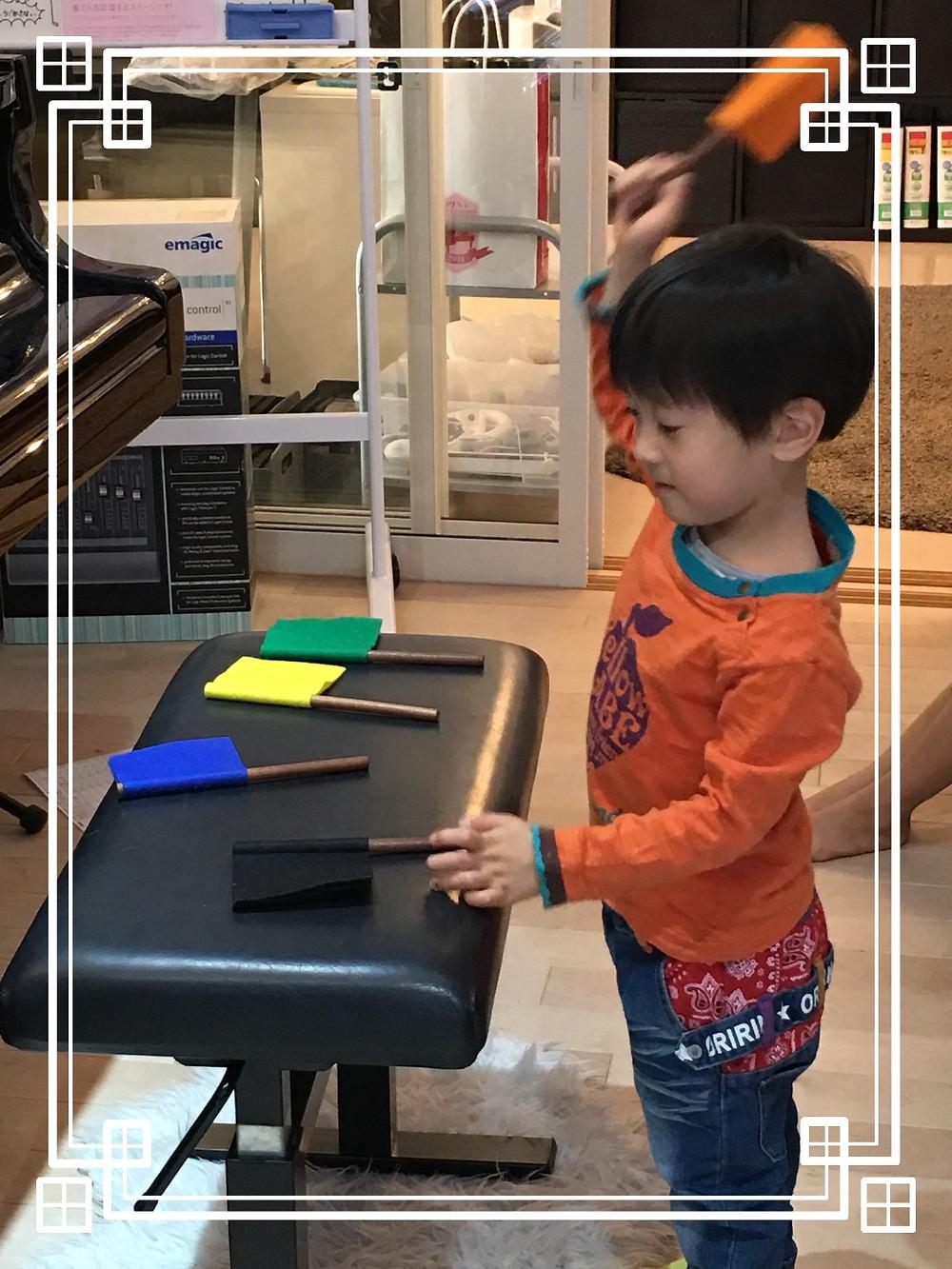 4歳男子の絶対音感トレーニング