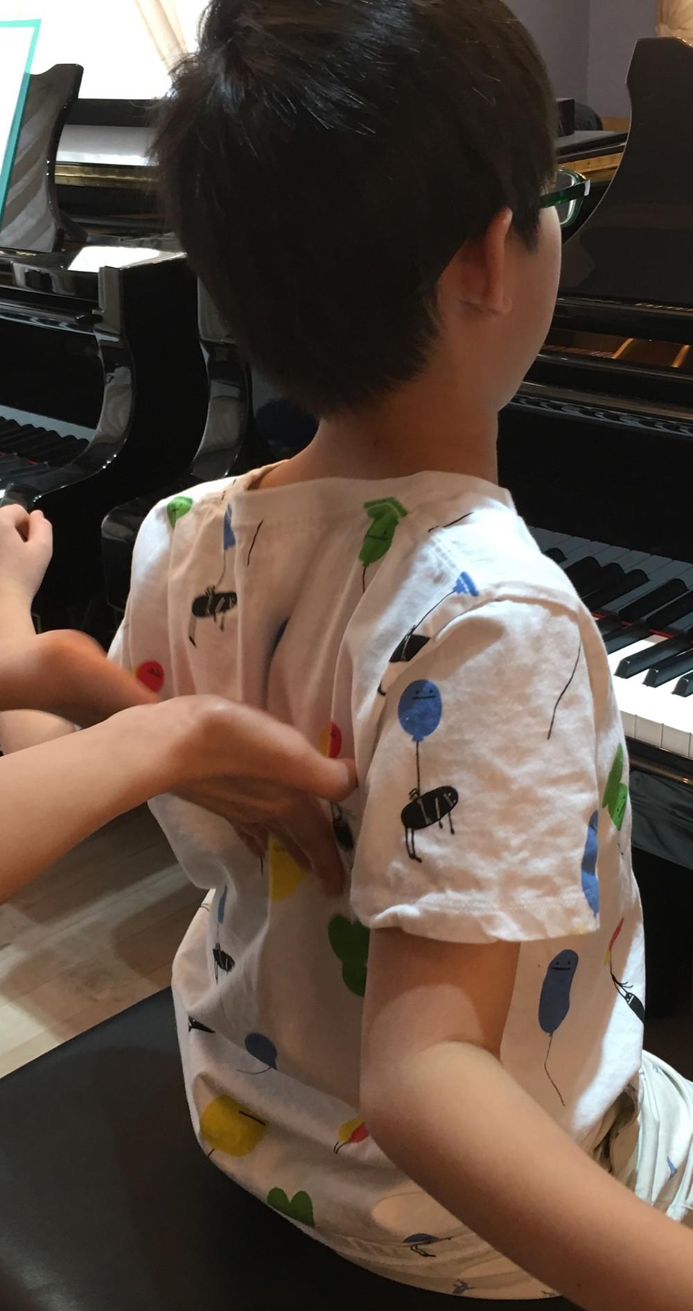 毎日の積み重ねはピアノの姿勢も同じですね
