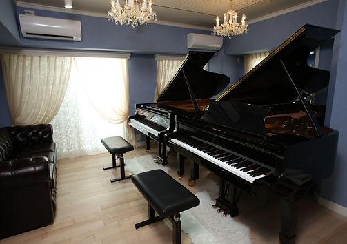 2台使用した効率的なピアノレッスン