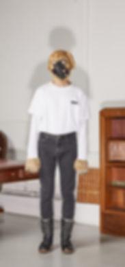 Julien David Dog Collection White Tshirt Grey Jeans Dog Head