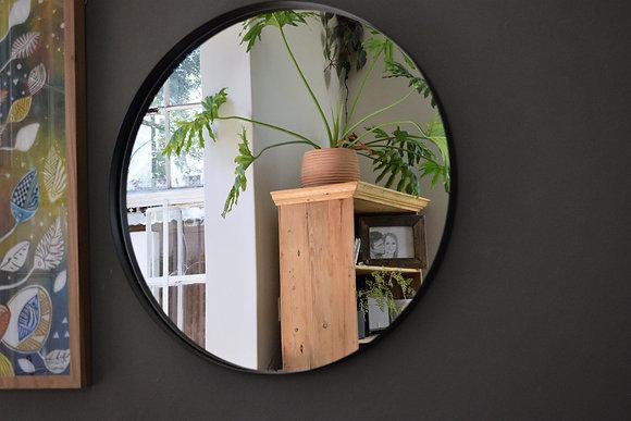 Badu Mirror
