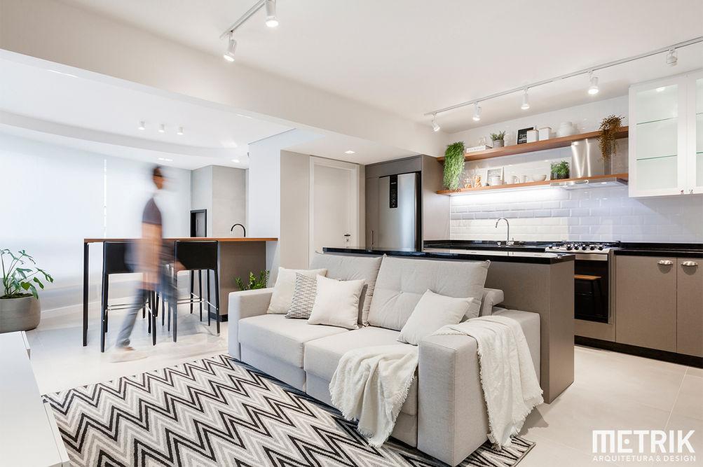 Metrik Design - Arquitetura e Interiores  Arquiteto Blumenau e Balneário Camboriú  - Sala e cozinha escandinava