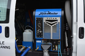 Clean Right's Truck mounted High-powered High temp water system for steam cleaning carpet. Hydramaster 575 deepest clean possible call 2489908533