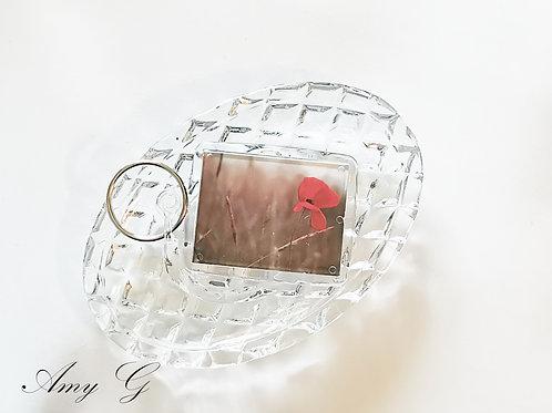 Poppy Keyring (pastel background)