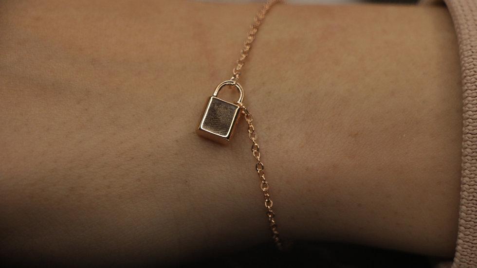 Locked bracelet