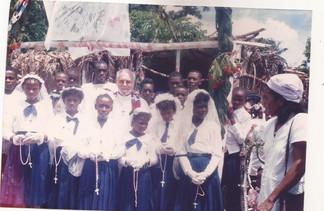 CRONICA DE 30 AÑOS DEL CAMINAR MISIONERO EN HAITI (1987-2017)