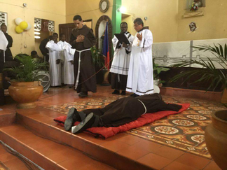 Profesión Solemne Fr. Fenol Laugène, OFM.