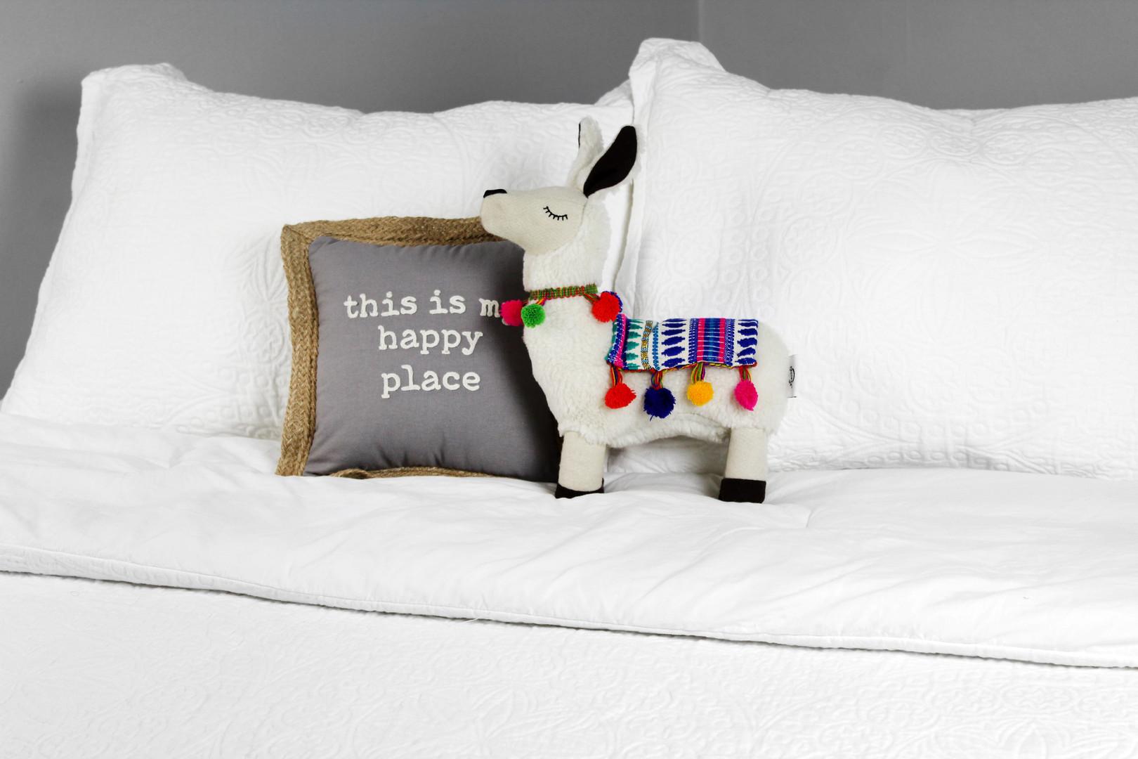 B07S1X9YP4 - Decorae Plush Llama with Bl