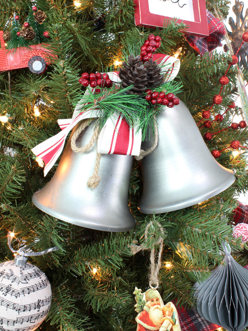 Hanging Bells 2.jpg