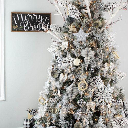 White Farmhouse Christmas
