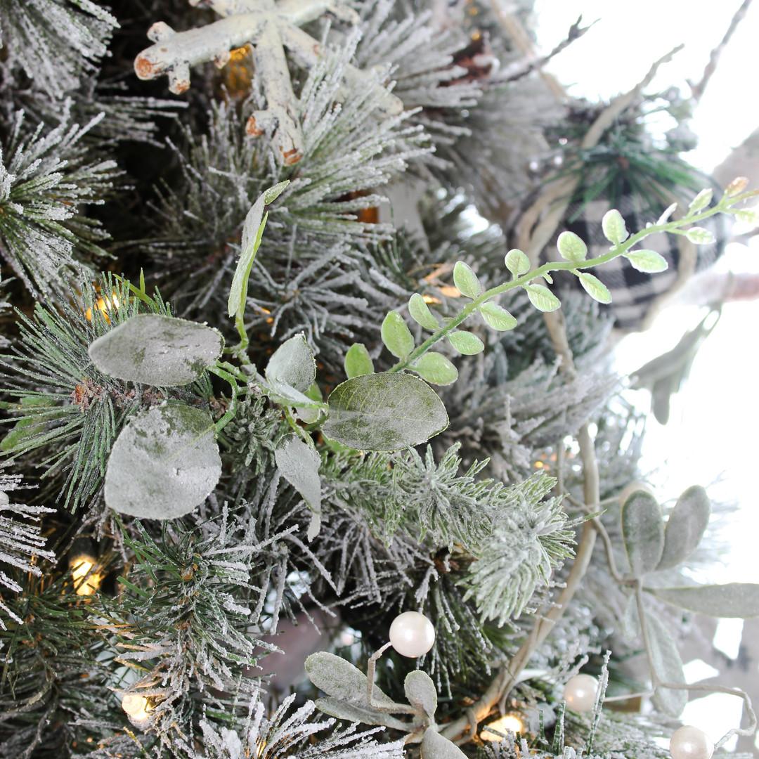 Pine Leaves Picks