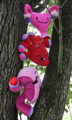 Organ Plush Group Pics - on tree.jpg