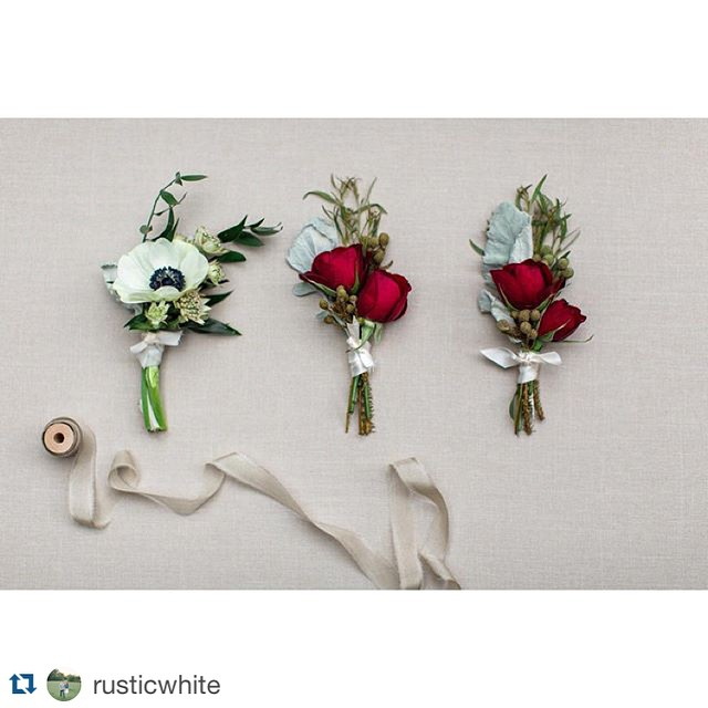 #Repost _rusticwhite ._・・・_Lovely boutonnières by _stylishstemsatl from Lauren & Derrick's #kingplow