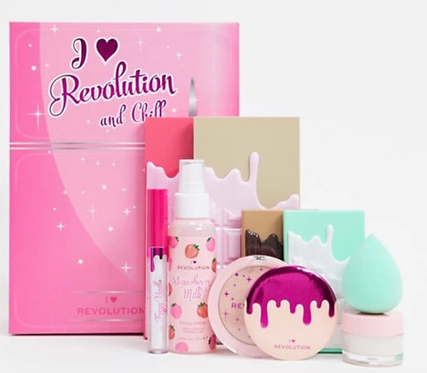 I Love Revolution and Chill Gift Set