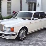 Rolls Royce Silver Spur.jpg