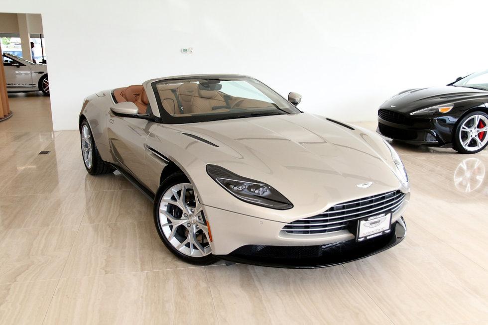 Aston Martin Volante.jpg