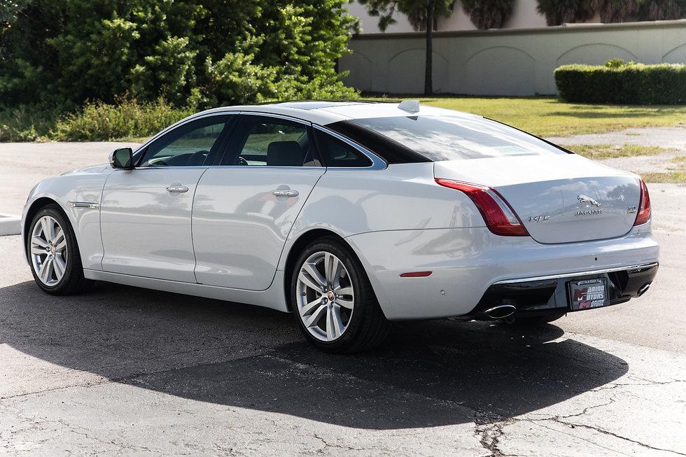 Jaguar-XJL.jpg