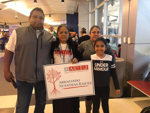 Joyful reunion of Mexican parents and their children in Alabama