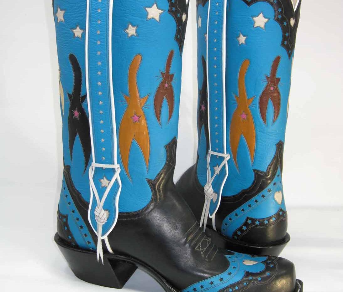"""Starbutts"" cat boots for Jaguardini."