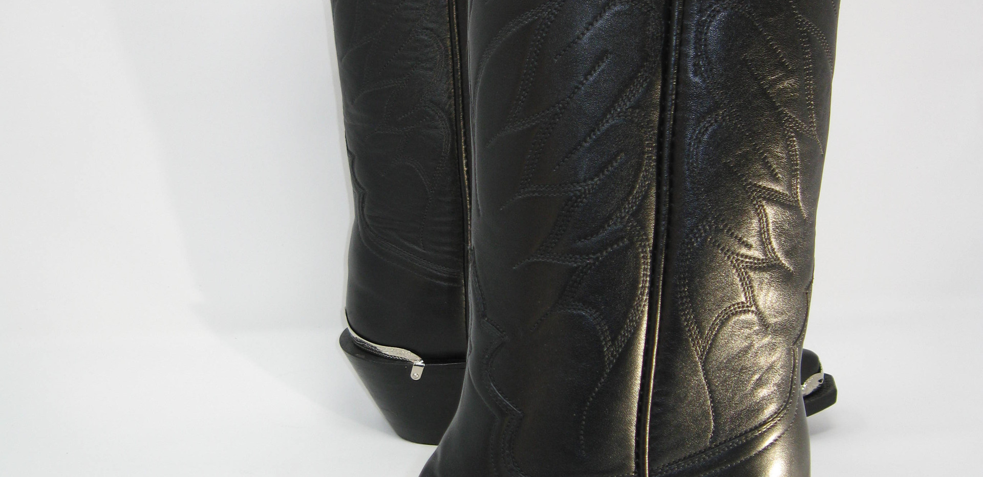 Same boots with silver tips and heel guards.