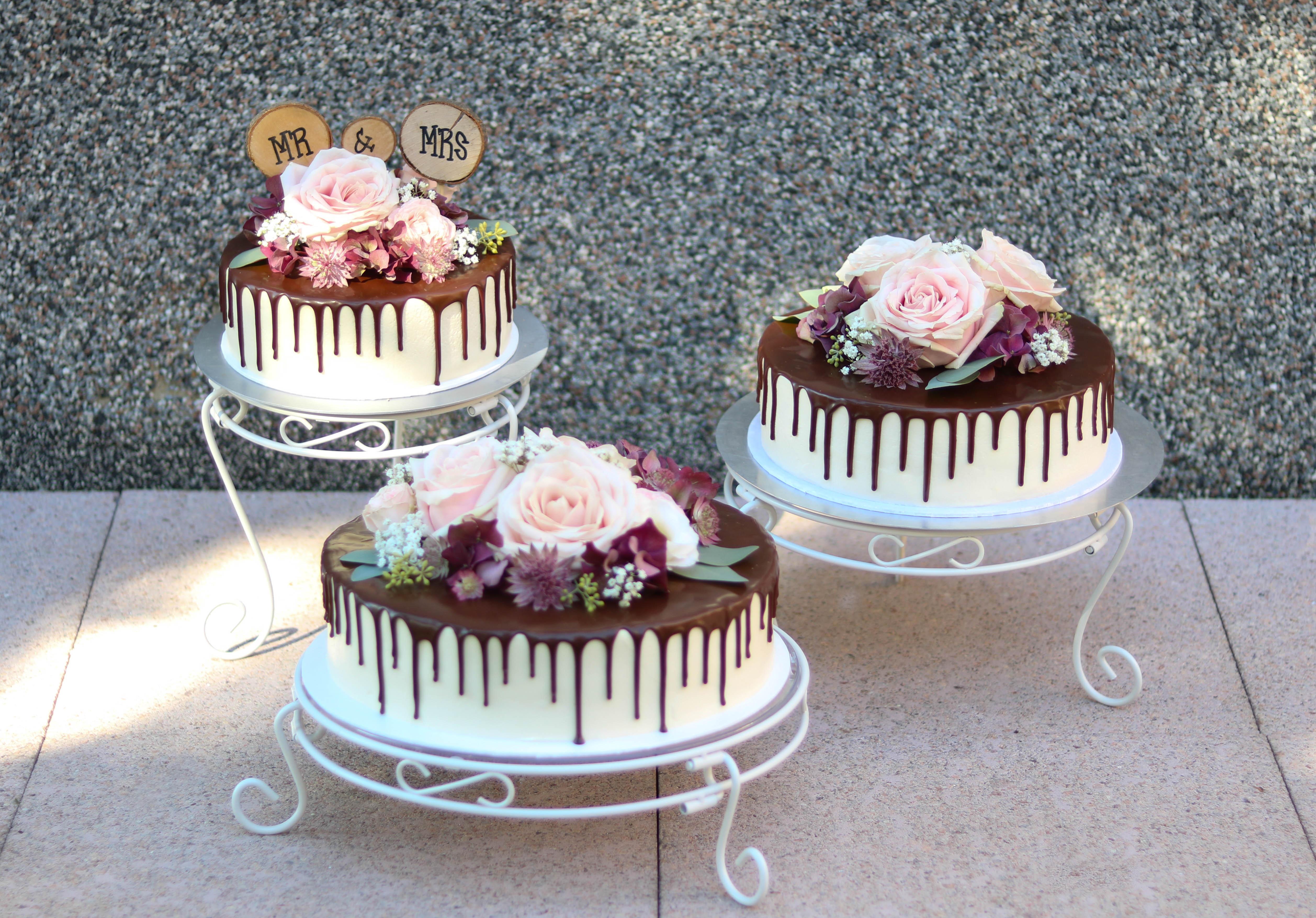 Dripcake Hochzeitstorte