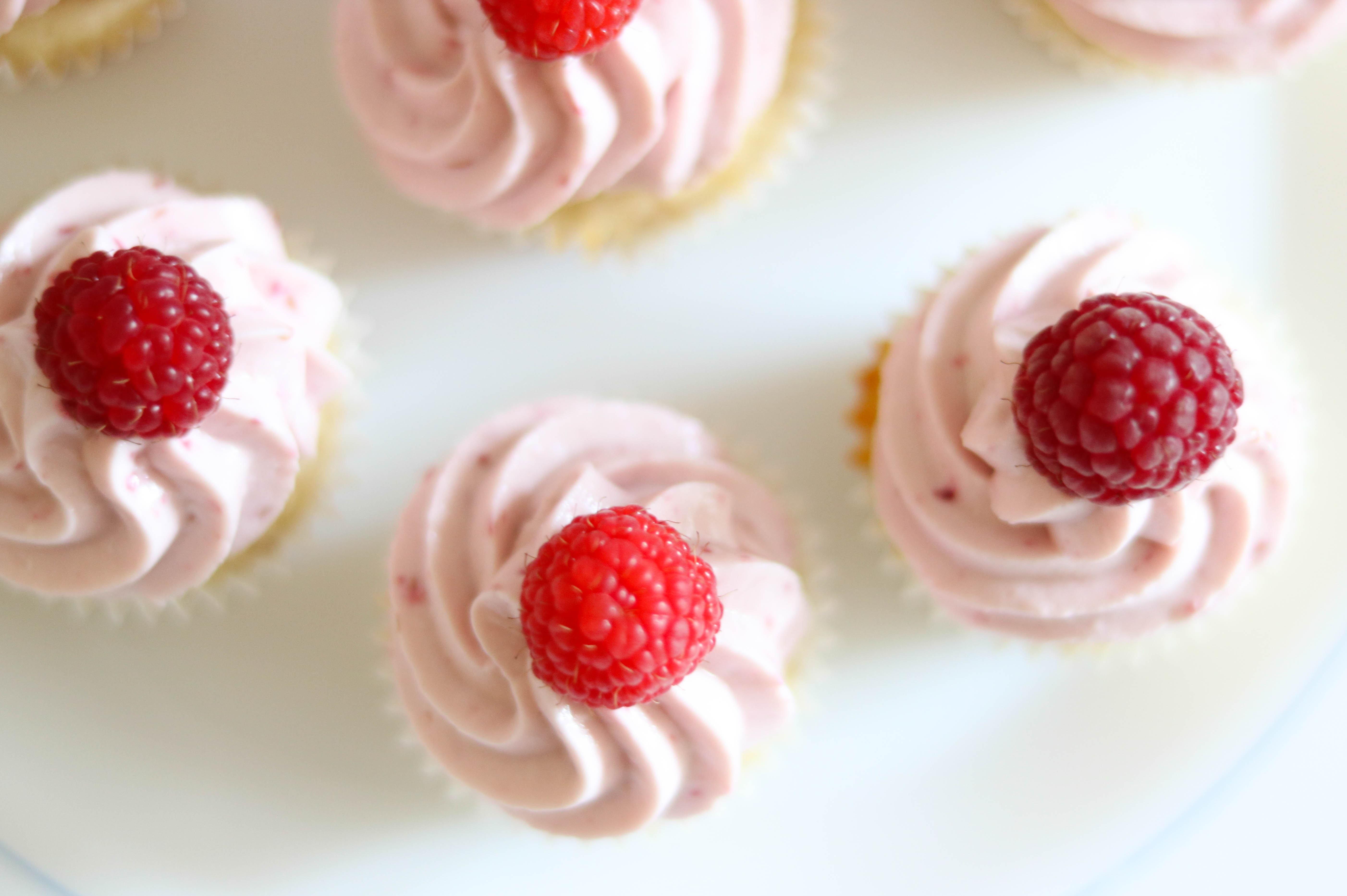 Himbeer Minicupcakes