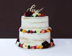 Hochzeitstorte Semi Naked Cake