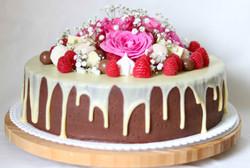 Torte mit Blumen