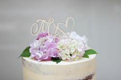 Semi Naked Cake Love