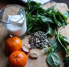 Fig & Bloom orange, nuts & seeds