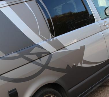 Alloygator Van