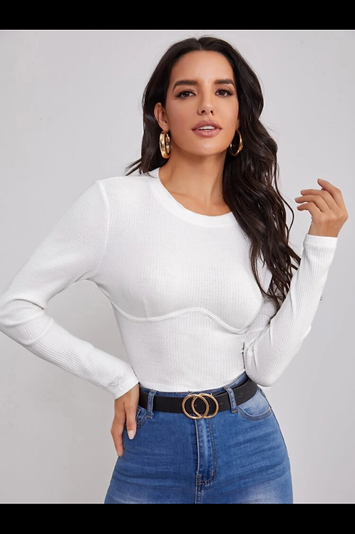 Solid form fitting crop tee