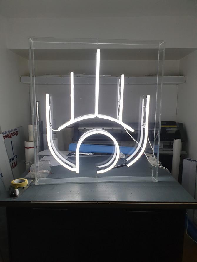 Fabrication de tous types de réalisations en néons