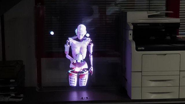 Nouveau système d'afficheur publicitaire 3D holographique.