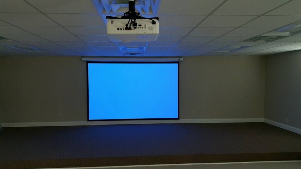 "Projector & 72.5""x116"" Video Screen"