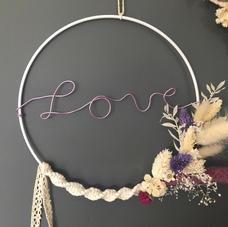 Cercle LOVE parme fleurs séchées (diam 20 cm)
