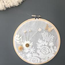 Tambour tulle et fleurs séchées (diam 15cm)