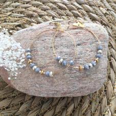 LO13. Créoles dorées et perles grises